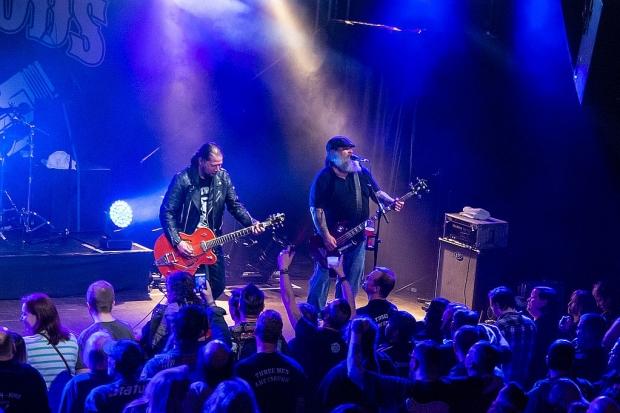Schneller Rock´n´Roll aus Hannover und Stuttgart: Die Nitrogods spielten ihre siebte Nitrofest-Show im MusikZentrum. (Bild 3)