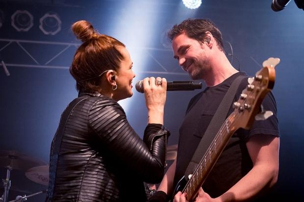 Marta Jandová und Ralph Rieker bei der Die-Happy-Show im MusikZentrum (Bild 3)