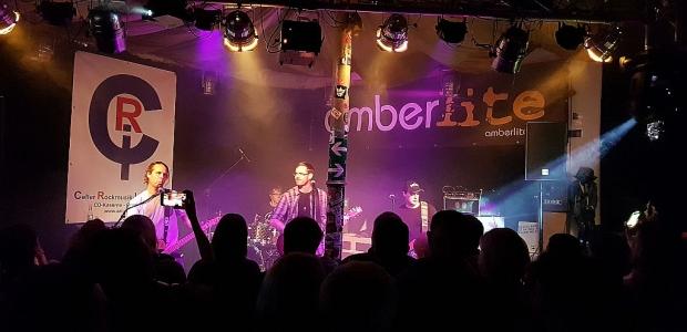 Die Band Amberlite bei einem Konzert in der CRI (Bild 4)