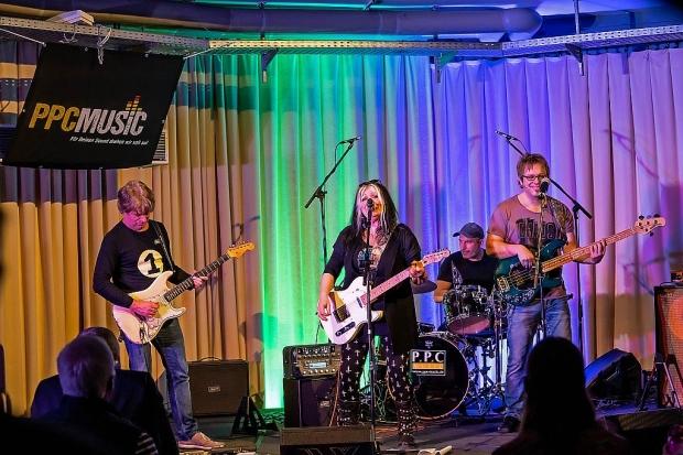 Immer was los war bei PPC Music und der PPC Music Academy: Im Oktober gab es eine gut besuchte Rock-Jam Session mit bekannten Szene-Profis. Foto (c) Lars Setzepfandt (Bild 2)